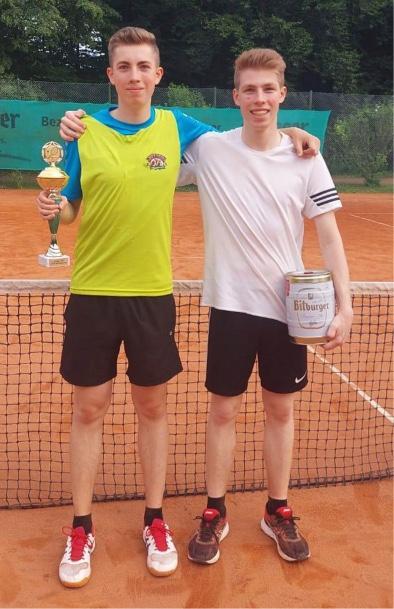 Max und Mike Lober: 3. Platz beim Tennis-Grümpelturnier